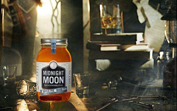 Junior Johnson Midnight Moon Apple Pie 40 % vol. 0,35 l (1 l = 56,86 €)