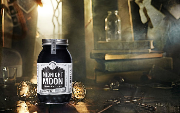 Junior Johnson Midnight Moon Blueberry 40 % vol. 0,35 l (1 l = 56,86 €)